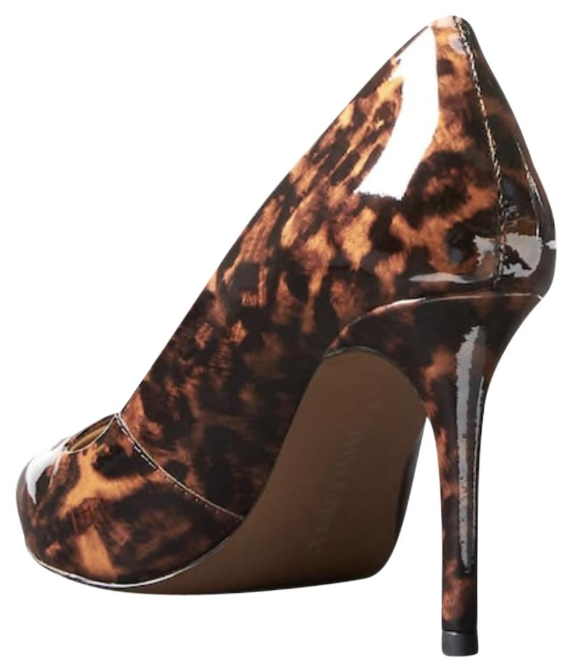 a2586b55b1c5 Banana Republic Patent Leopard Blake Novelty Pumps. Size  US 8 Regular (M  ...