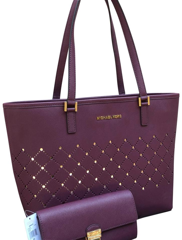 cc7a7e30efcc Michael Kors 2 Pc New Jet Set Travel Carryall Violet   Wallet Plum Saffiano Leather  Tote