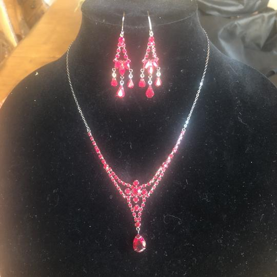 N/A Necklace and pierced earrings Image 4