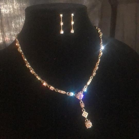 N/A Necklace and pierced earrings Image 3