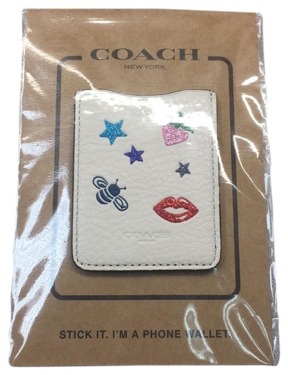 Preload https://img-static.tradesy.com/item/23822410/coach-beige-phone-wallet-tech-accessory-0-1-540-540.jpg