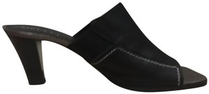 Sesto Meucci Made In Italy Leather Bronze Insole Topstitching Comfortable Black Mules