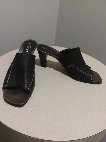 Sesto Meucci Made In Italy Leather Bronze Insole Topstitching Comfortable Black Mules Image 1