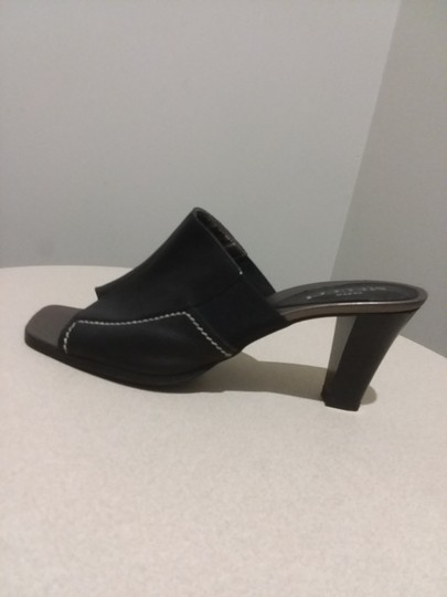 Sesto Meucci Made In Italy Leather Bronze Insole Topstitching Comfortable Black Mules Image 6