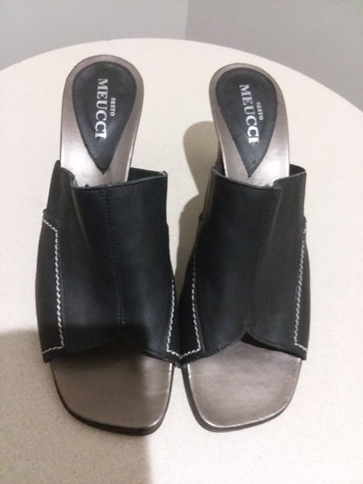 Sesto Meucci Made In Italy Leather Bronze Insole Topstitching Comfortable Black Mules Image 7