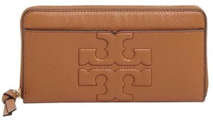 Tory Burch NEW TORY BURCH BOMBE T LOGO LEATHER CONTINENTAL ZIP WALLET BAG NWT