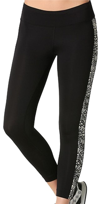 Preload https://img-static.tradesy.com/item/23823248/bebe-black-laser-cut-print-capri-pants-activewear-bottoms-size-12-l-32-33-0-1-650-650.jpg