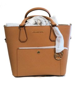 Michael Kors Greenwich Medium Black Saffiano White Leather 889154025547 30f7mgrt3m Satchel in acorn Pale gold