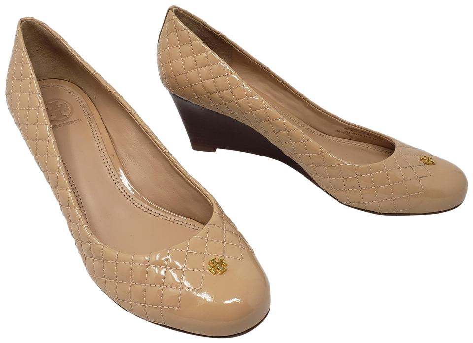 57fe0c9e01ddc Tory Burch Beige Quilted Patent Leather Kent Round-toe Wedges Pumps ...