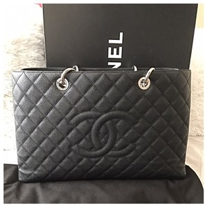 6aafb94e9a51 Chanel Grand Shopping Tote - Up to 70% off at Tradesy