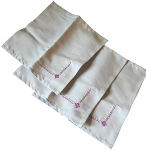 Bloomingdale's New! Linen embroidered napkins