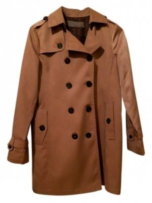 Preload https://item2.tradesy.com/images/zara-beige-double-breasted-raincoat-trench-coat-size-6-s-23831-0-0.jpg?width=400&height=650