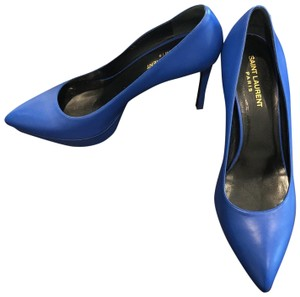 Saint Laurent Bleu Majorelle Pumps