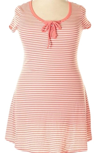 Preload https://item5.tradesy.com/images/coral-and-white-stretchy-striped-lightweight-short-casual-dress-size-16-xl-plus-0x-23832449-0-1.jpg?width=400&height=650