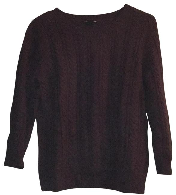 Preload https://item1.tradesy.com/images/h-and-m-purple-sweaterpullover-size-8-m-23832460-0-1.jpg?width=400&height=650