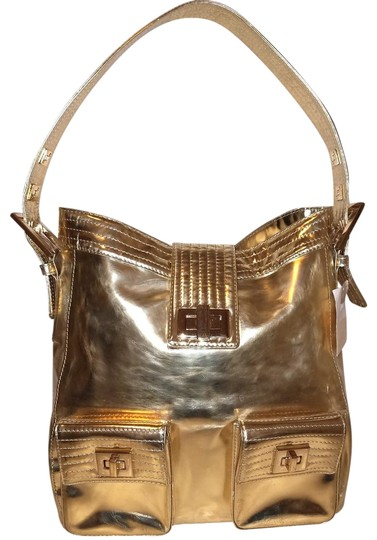 Preload https://img-static.tradesy.com/item/23832544/kooba-extra-large-handbag-with-a-flap-cover-gpld-patent-leather-hobo-bag-0-1-540-540.jpg