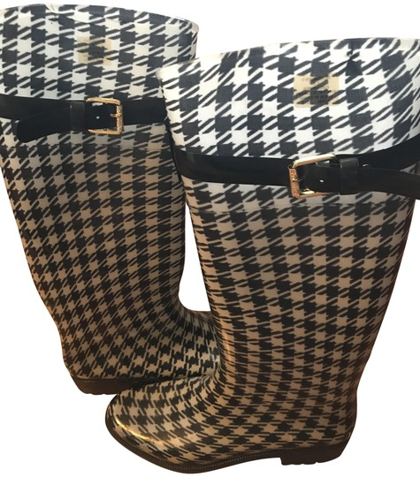 Preload https://img-static.tradesy.com/item/23832563/lauren-ralph-lauren-houndstooth-rossalyn-bootsbooties-size-us-7-regular-m-b-0-1-540-540.jpg