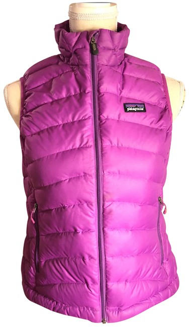 Preload https://item1.tradesy.com/images/patagonia-purple-small-patagonia-sleeveless-goose-down-vest-size-6-s-23832680-0-1.jpg?width=400&height=650