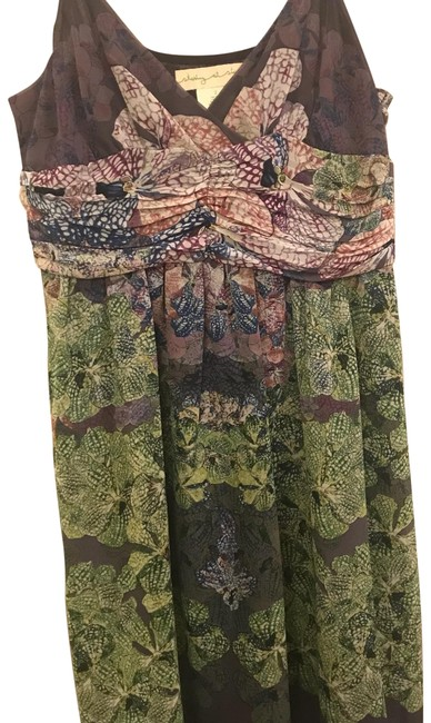 Preload https://item1.tradesy.com/images/floral-green-and-purple-short-casual-dress-size-2-xs-23832695-0-1.jpg?width=400&height=650