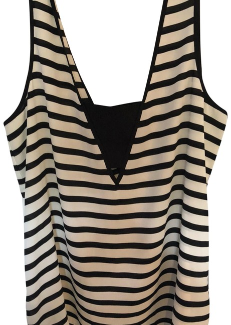 Preload https://item1.tradesy.com/images/express-black-and-white-tank-topcami-size-8-m-23832735-0-1.jpg?width=400&height=650