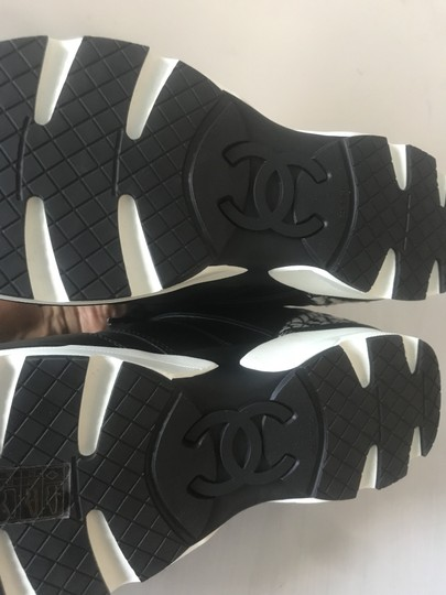 Chanel Cc Sneakers Kicks Leather Tweed Black/White Athletic