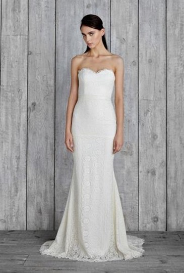 Preload https://item4.tradesy.com/images/nicole-miller-bridal-ivory-victoria-formal-wedding-dress-size-8-m-23832793-0-0.jpg?width=440&height=440
