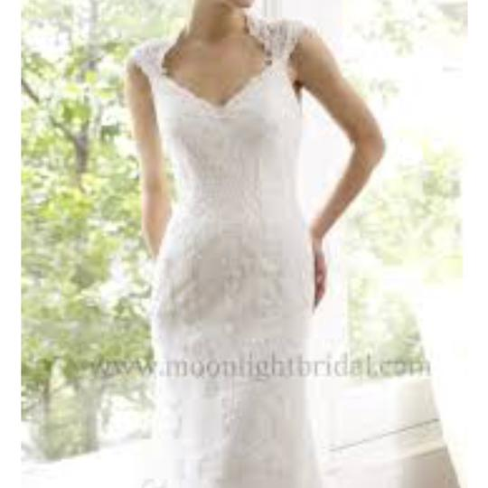 Preload https://item1.tradesy.com/images/moonlight-bridal-ivory-lace-h1214-sexy-wedding-dress-size-8-m-23832820-0-0.jpg?width=440&height=440