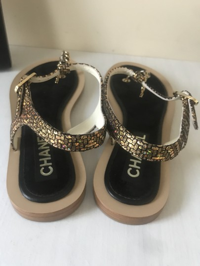 Chanel Thong T Strap Ankle Strap Cc Gold/Black Sandals