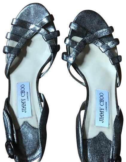 Preload https://img-static.tradesy.com/item/23832975/jimmy-choo-silver-sandals-size-us-7-regular-m-b-0-1-540-540.jpg