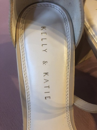 Kelly & Katie Nude Sandals