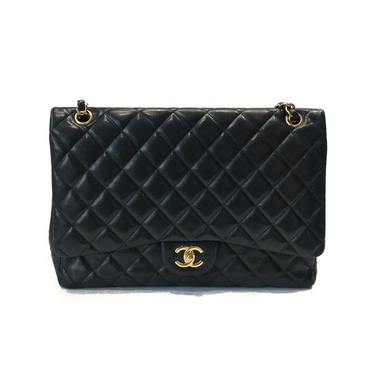 Preload https://item3.tradesy.com/images/chanel-classic-flap-classic-quilted-lambskin-single-black-leather-shoulder-bag-23833107-0-0.jpg?width=440&height=440