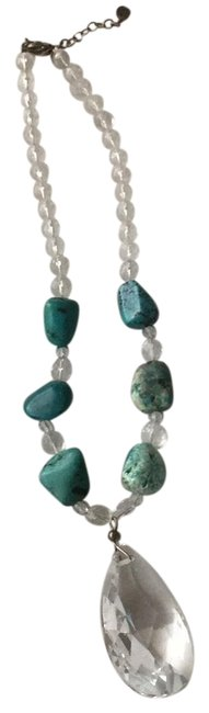 Item - Turquoise Crystal and Stone Necklace