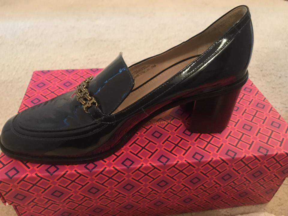 49b7bbb233a6 Tory Burch Navy Gemini Link Loafer Pumps Size US 7 Regular (M