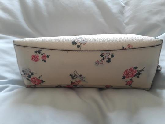 Coach Sweet Rose Patterned Cosmetic Bag Image 3