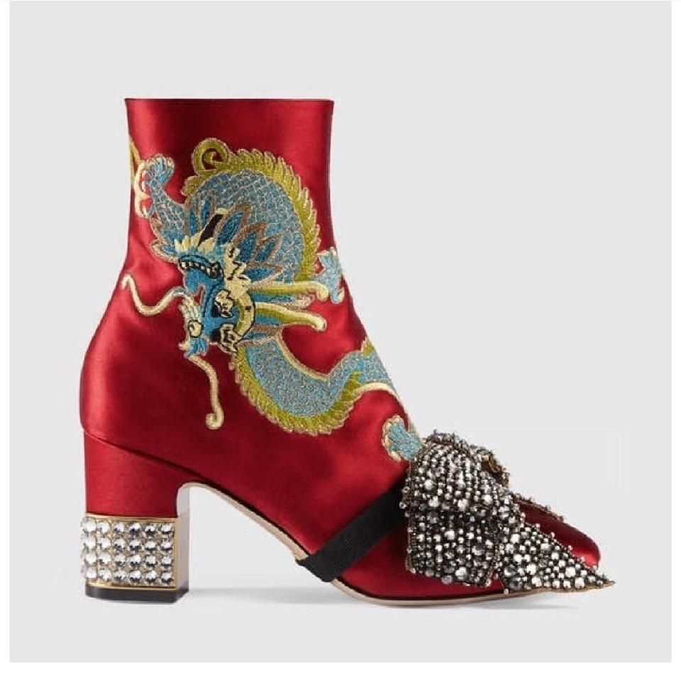 462e6eae635 Gucci Candy Embroidered Dragon Satin Ankle Boots Booties Size EU 39.5  (Approx. US 9.5) Regular (M