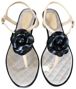 39d98479ec92 Chanel Sandals - Up to 90% off at Tradesy