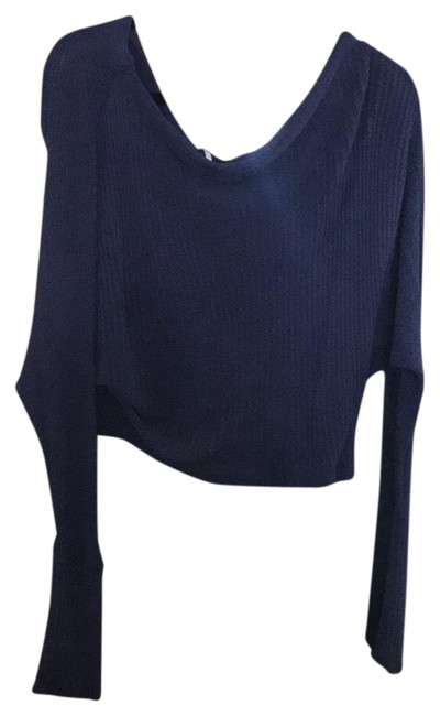 Preload https://img-static.tradesy.com/item/23837698/free-people-one-shoulder-blue-sweaterpullover-size-2-xs-0-1-650-650.jpg