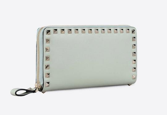 Valentino Rockstud 6A0 Gold Stud Leather Zipper Around Continental Wallet Clutch Image 2