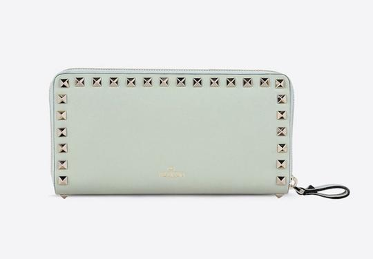 Valentino Rockstud 6A0 Gold Stud Leather Zipper Around Continental Wallet Clutch Image 4