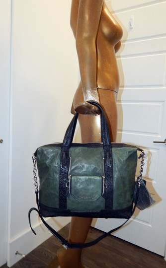 Olivia Harris Cobain 2way Leather Satchel in Green Image 1
