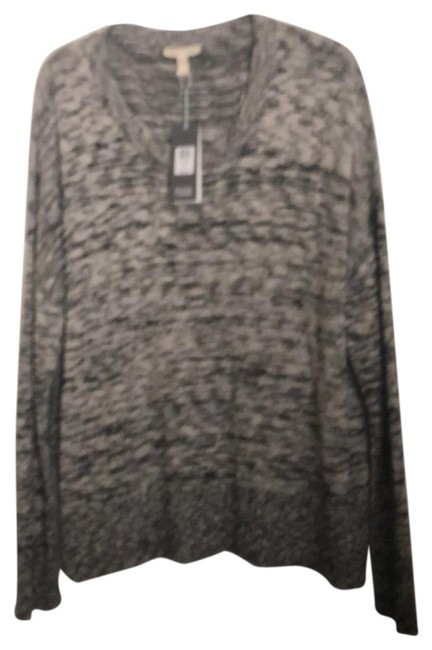 Preload https://img-static.tradesy.com/item/23838207/eileen-fisher-black-intertwined-with-white-scpnck-box-top-activewear-size-14-l-0-1-650-650.jpg