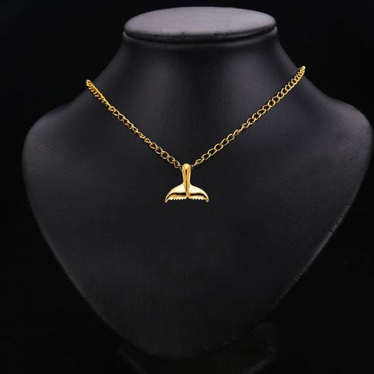 TD Collections 14K Yellow Gold Tail of Dolphin Pendant Image 2