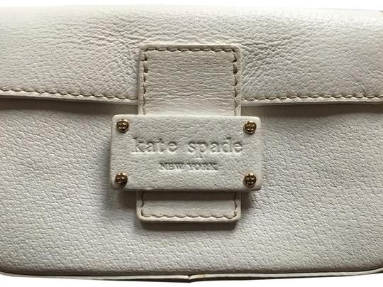 Preload https://img-static.tradesy.com/item/23838898/kate-spade-clutch-off-white-cowhide-leather-and-lining-is-polyester-wristlet-0-1-540-540.jpg