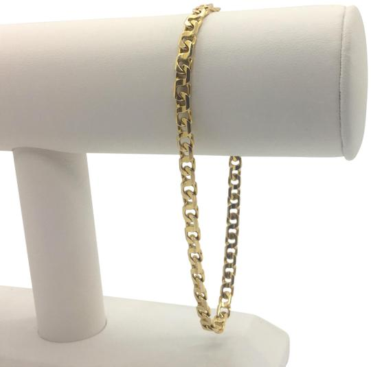 Preload https://img-static.tradesy.com/item/23838989/14k-solid-yellow-gold-figure-8-curb-link-chain-italy-9-inches-bracelet-0-1-540-540.jpg