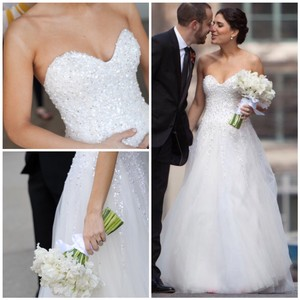 Reem Acra Moonlight Strapless Tulle Ball Gown with Jeweled Embellished Pearl & Sequin Plus Matching Tulle Veil Feminine Wedding Dress Size 8 (M)