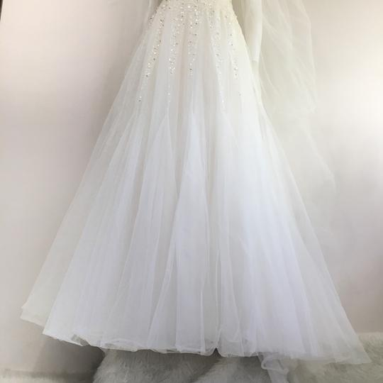 Reem Acra Moonlight Strapless Tulle Ball Gown with Jeweled Embellished Pearl & Sequin Plus Matching Tulle Veil Feminine Wedding Dress Size 8 (M) Image 6