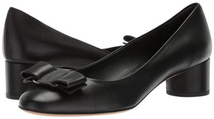 Salvatore Ferragamo Ivrea 10 Black Pumps