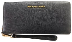 Michael Kors Leather Jet Set Travel Continental Wallet