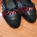 Chanel Burgundy Black White Red Tweed Fabric Leather Cap Toe Ballet Flats Size EU 40 (Approx. US 10) Regular (M, B) Chanel Burgundy Black White Red Tweed Fabric Leather Cap Toe Ballet Flats Size EU 40 (Approx. US 10) Regular (M, B) Image 10