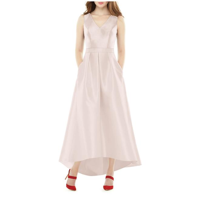 Item - Blush Dupioni A-line High Feminine Bridesmaid/Mob Dress Size 2 (XS)